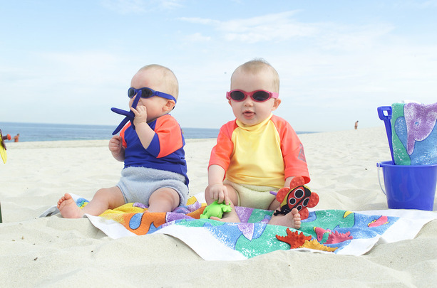 BabyBanz sunglasses for babies age 6months to 2 years old protecting babies eyes against UV damage and glare available at opticians Buchanan Optometrists, Kent