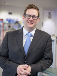 Alisdair Buchanan Consultant Optometrist